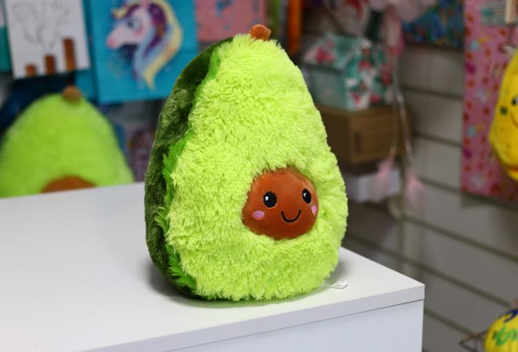 Игрушка авокадо пушистый 25см