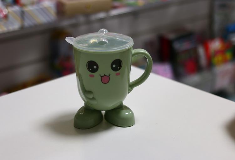 Кружка детская пластмассовая (зеленая)
