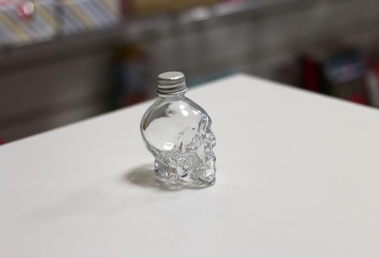 Емкость череп 30мл