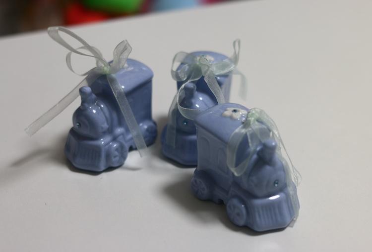 Сувенир керамический голубой паровозик
