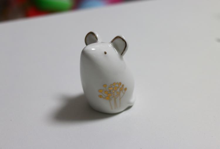 Сувенир керамический беленькая мышка